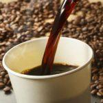 【某大手コンビニが完全に詐欺・・・】コンビニコーヒーのR、Lサイズの量を比較してみたら衝撃の事実が発覚!(動画あり)