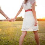 【※必見】5分に1回アレを…初デートで有効なボディタッチとは?