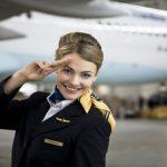 日本の航空会社のCAが女性しかいない理由…
