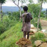 【実話】水不足の村を救うため、27年かけて1人でダムを作った男。