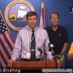 ハリケーン避難指示会見で「でたらめ手話通訳」登場ww「お前はクマさんだ」と発言wwww