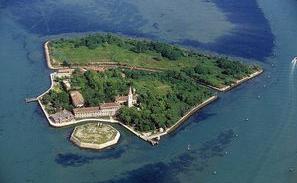 ポヴェーリア島