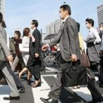 通勤時間が20分増加すると、給料が減ったのと同等レベルで満足度が低下することが判明!!