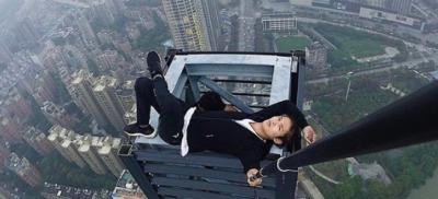 中国で有名なユーチューバが高層ビルから転落死 危険な動画撮影と話題に