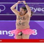 【またお前か】平昌五輪のスケートリンクに半裸のオッサンが登場したもよう