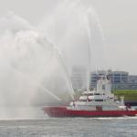 【悲報】消防隊員さん、消防艇にガソリンと間違えて水を補給→全員で弁済