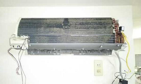 エアコンの「自動お掃除機能」は無意味だった!!それどころか有害!?ない方が絶対良いじゃん・・・