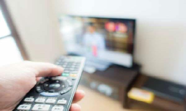 テレビのコメンテーターが素人である理由をバッサリ斬る!
