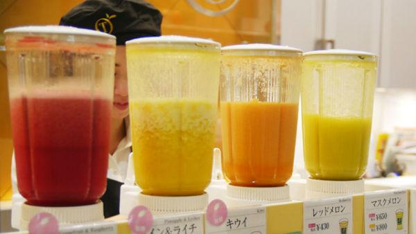 【果汁の限界】果汁1000%ジュース作ったwwww