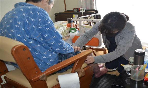 【衝撃】訪問看護師の劣悪労働条件にドン引き・・・