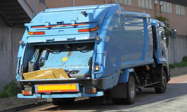 ゴミ収集車の職員に対するクレームが酷い…「心無い言葉に泣いたこともある」