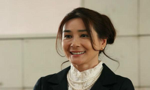 女優・石原真理子がコンビニで万引き!盗んだものがヤバすぎるwww