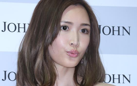 紗栄子、ロンドンに居住するも幼馴染の彼との再会に歓喜し、「結局男かよ!!」とネットで大バッシングを食らうwwww