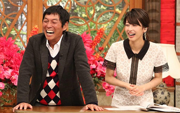 【熱愛?!】明石家さんまとカトパンがNYでデート!!30歳差熱愛か?!