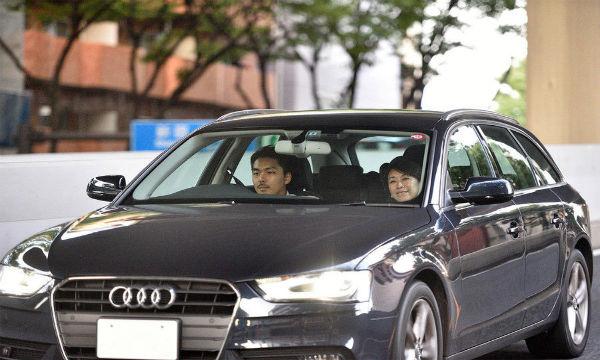 【画像】民進党の山尾志桜里、楽しそうに倉持弁護士とホテルへGO!