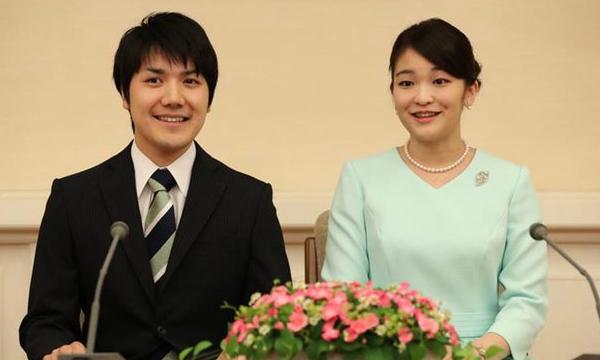 眞子さまの婚約者 小室圭さんを立派に育てるために母の借金400万!