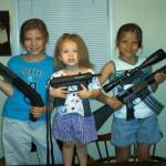 """【衝撃】ゲームの""""取り合い""""が原因か、9歳の男の子が姉を射殺"""
