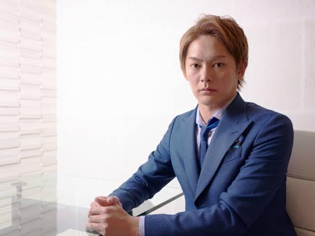 青汁王子と呼ばれる三崎優太を逮捕!多額の脱税か