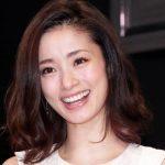 上戸彩が第2子妊娠を報告!!出産予定は来月!