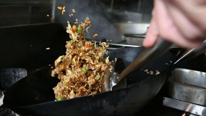 おいしいチャーハンの作り方…その前に元のご飯は冷たい温かいどっち??